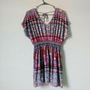 5/$15 sale!! Win Win Women L-XL Pink Blouse